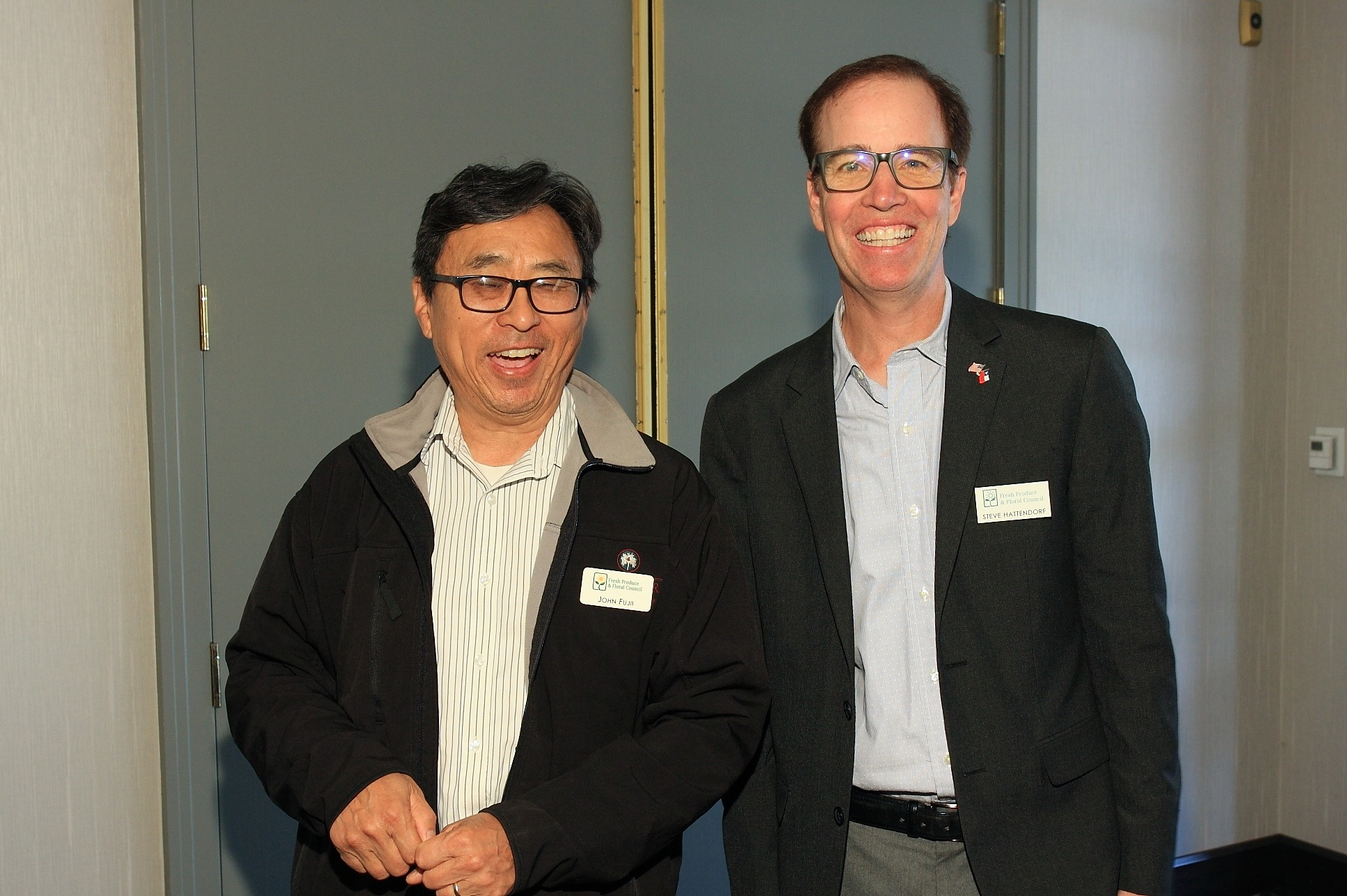 John Fujii of Gelson's Markets with Steve Hattendorf from the Chilean Fresh Fruit Association