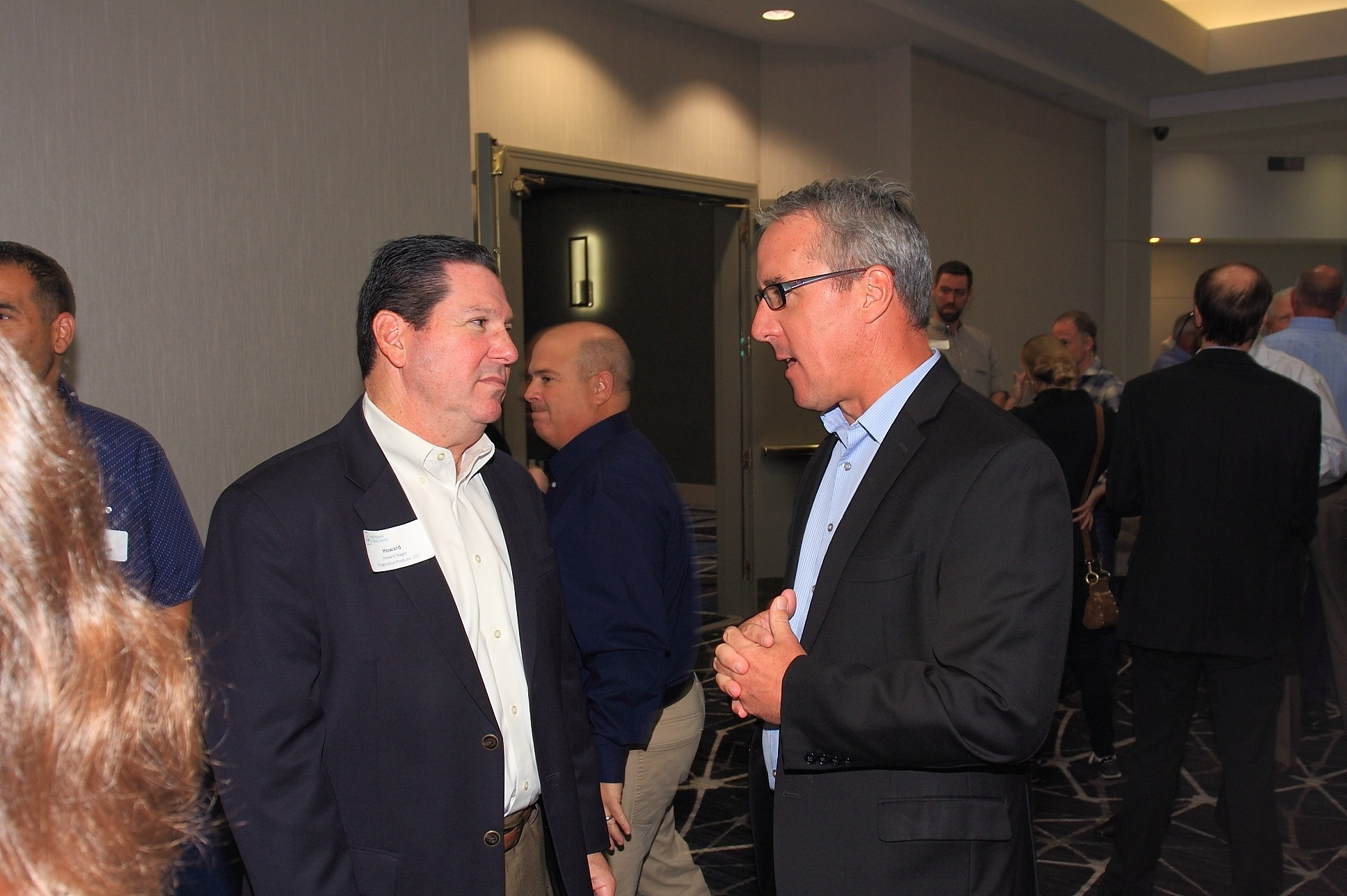 Howard Nager of Progressive Produce, LLC. Enjoying the post-luncheon networking social hour with Paul Kneeland of Gelson's Markets.
