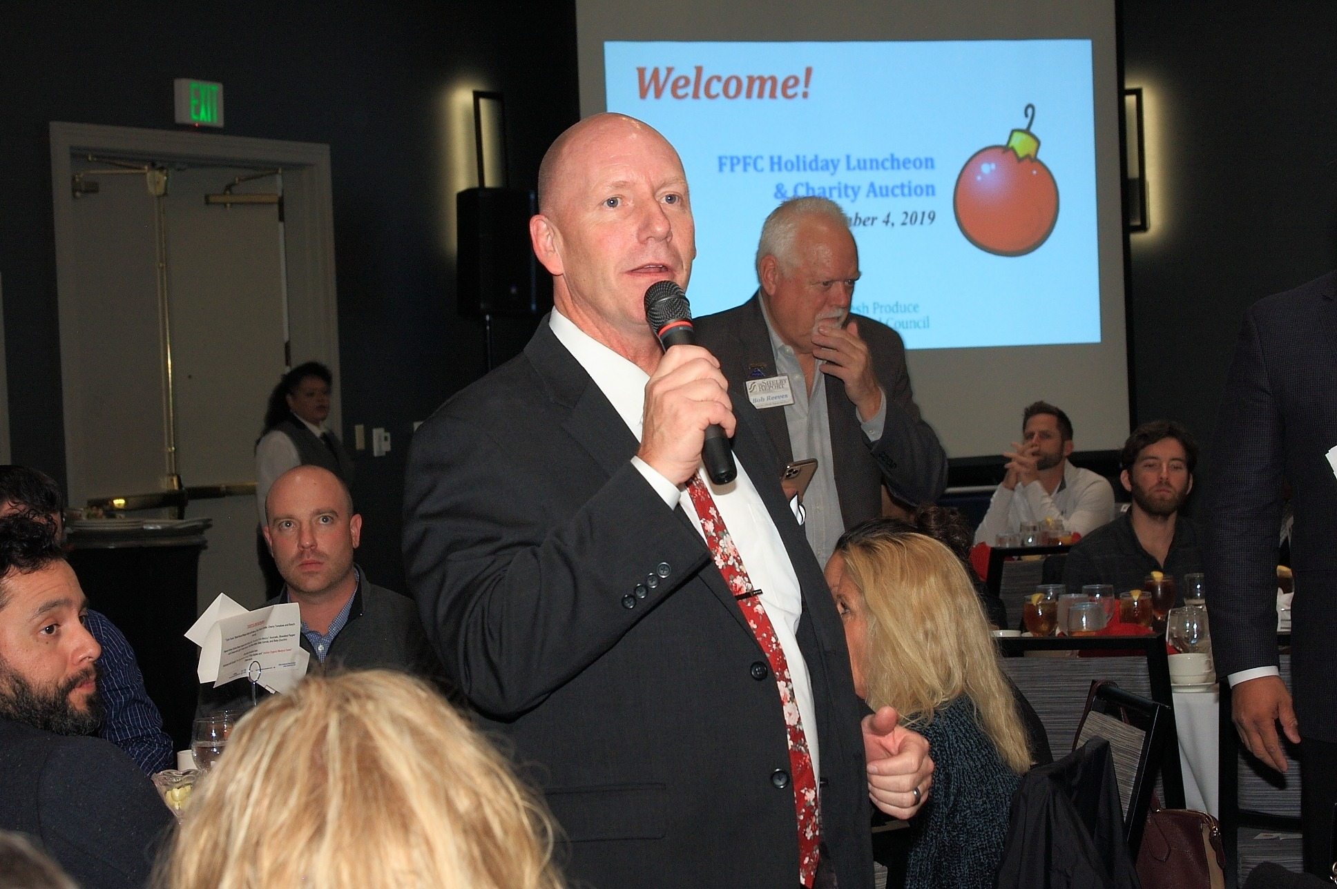 Don Gann of Stater Bros. Markets helping out with the Charity Live Auction.